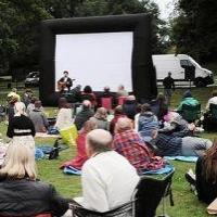 Бесплатные кинопоказы организуют для омичей и в сентябре