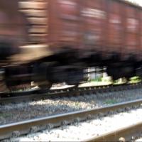 В Калачинске молодого человека сбил поезд