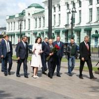 Путин к обеду приземлился в Омске
