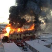 В омском автоцентре «Японка» сгорел второй этаж