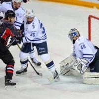 «Авангард» проиграл московскому «Динамо» в матче КХЛ