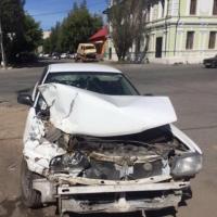 В Омске возле Центрального рынка произошло ДТП с инкассаторами