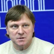 """Наставник футбольного """"Иртыша"""" займется аналитикой вместо тренировок"""