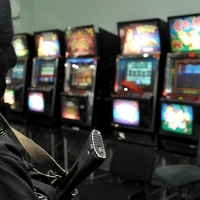 Организатору подпольного казино в Омске грозит 2 года тюрьмы