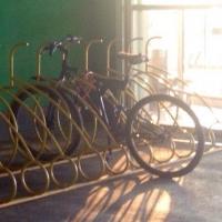 Ночью в Омске на велосипедиста напали грабители с арматурой