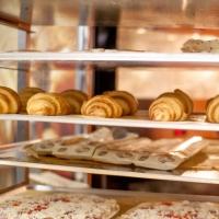 За работу директора сети пекарен в Омске готовы платить 150 тысяч рублей