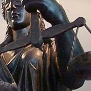 Юристы мэрии проведут предновогодние дни в судах