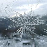 Омичей снова ожидают сильный мороз и ветер