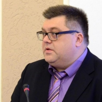 Бывший начальник ГУИПа Сумароков претендует на место в «Омской правде»