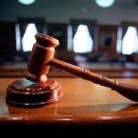 Суд оправдал омских приставов
