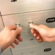 Две трети омичей могут не беспокоиться за свои вклады в банке