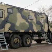 Омич вложил деньги в старый КамАЗ и получил дом на колесах
