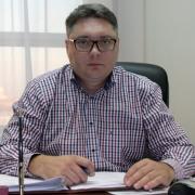 Экс-омич Олег Букалов стал подозреваемым по делу о хищении 93 миллионов, выделенных на саммит АТЭС