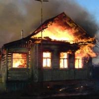 В Омске в загоревшемся доме погибли двое мужчин