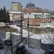 В центре Омска незаконно строится жилой дом