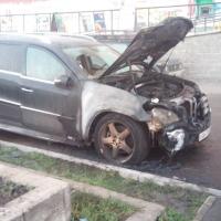 В Омске ночью сгорели три машины «Mersedes», «Lexus» и «ВАЗ-211440»