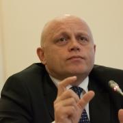 """Губернатор, министры и депутаты не получат """"выходное пособие"""""""