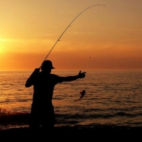 Инспектор по охране природы в Омской области избил рыболова