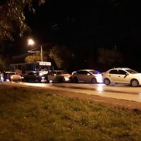 На улице Кирова в Омске произошла массовая авария с участием автобуса