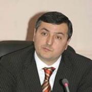 Юрий Гамбург вручил удостоверения новым членам Общественной палаты