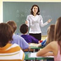 550 молодых специалистов трудоустроились в образовательных учреждениях Омской области