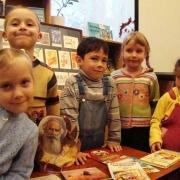 Омичи борются за детскую библиотеку
