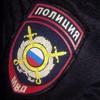 В Омске задержали таксиста, облившего безденежного пассажира зеленкой