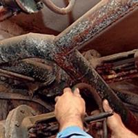В Омске в городке Нефтяников должников отключили от канализации