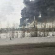 В пожаре на заводе СК есть пострадавшие