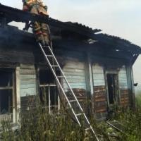 В Таре семья с трёхлетним мальчиком задохнулись на пожаре