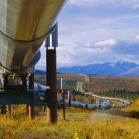 В Омской области неизвестные приварили трубу к нефтепроводу