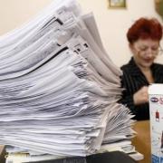 Губернатор разобрал бумаги