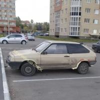 По Омску ездит «Лада», утепленная герметиком