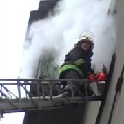 Пожарные спасли четырех человек во Входном микрорайоне