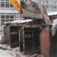 В этом году в центре Омска снесли уже 11 незаконных гаражей