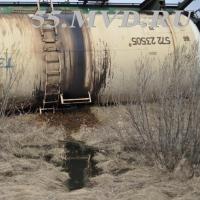 Названа причина схода с рельсов цистерн с нефтью под Омском, случившегося два месяца назад