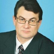 На главу Черлакского района завели уголовное дело