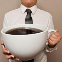 Утренний кофе разрушает мозг человека