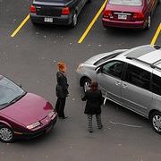 На Иртышской набережной столкнулись Mazda и Hyundai