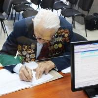 Мэрия пошла навстречу 97-летнему омичу в решении жилищного вопроса