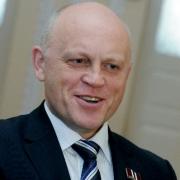"""Омского губернатора изменила """"Википедия"""""""