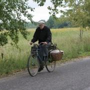 В Омской области трактор сбил пенсионера на велосипеде