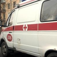 Омич упал из окна пятого этажа и остался жив