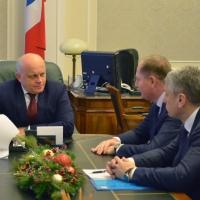 Глава Омской области познакомился с новым руководителем «МРСК Сибири»