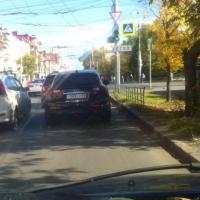 За оставление места ДТП, где пострадал омский сотрудник ГИБДД, накажут девушку