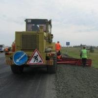 Более 230 километров сельских дорог отремонтируют в Омской области в 2016 году