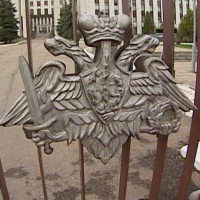 Шойгу предложил отправить губернаторов на военные сборы