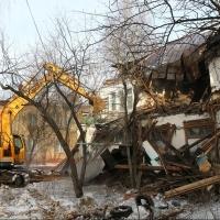 Прокуратура потребовала через суд, чтобы омская мэрия досносила аварийные дома