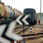 В Омской области ночью обстреляли грузовой поезд