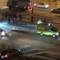 В Омске на переходе насмерть сбили старушку, ее внуки в больнице